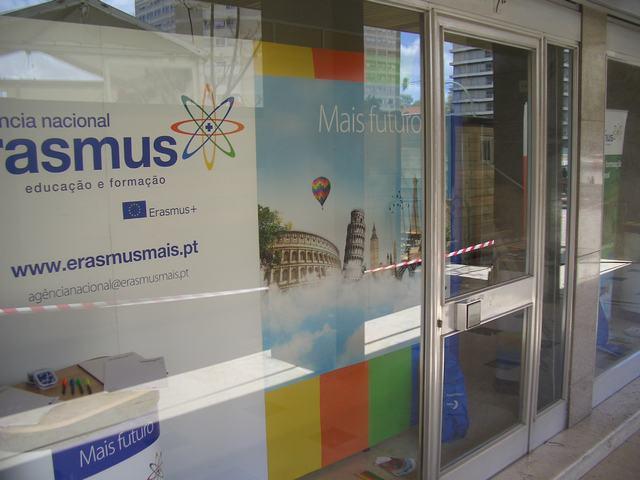 Exposição de trabalhos organizada pela Agência Nacional Erasmus + Educação e Formação